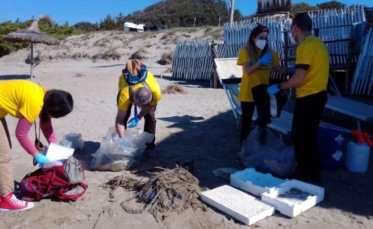legambiente pulizia spiagge