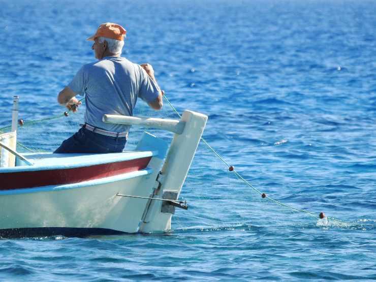 pescatore mare pesca