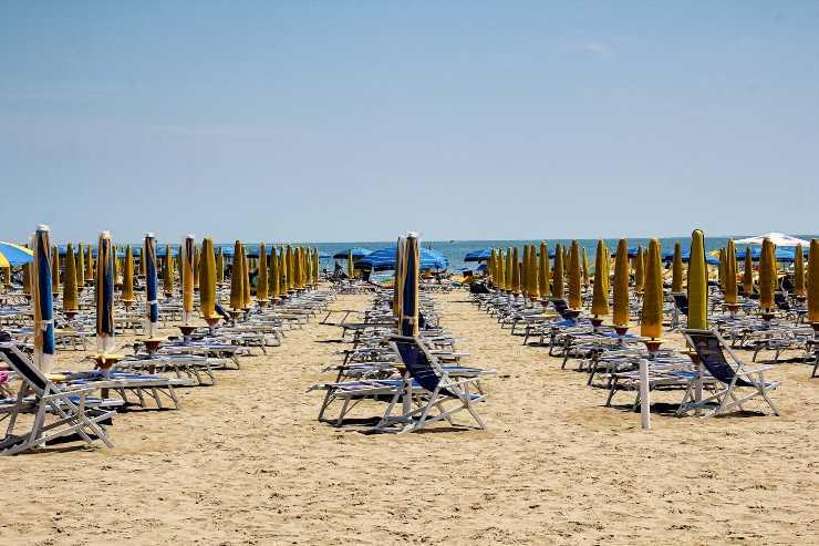 spiaggia stabilimento