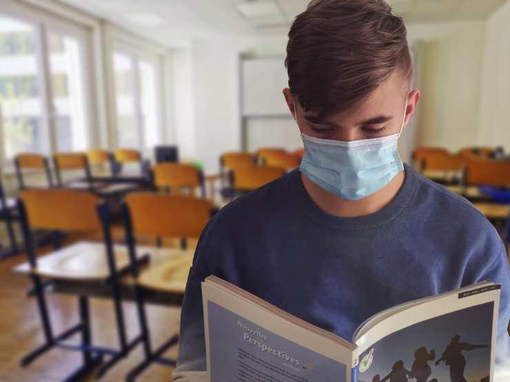studente mascherina