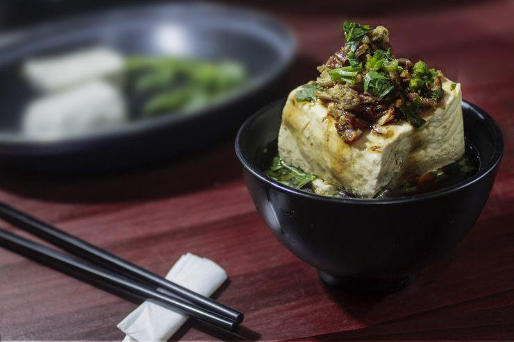 Il tofu ha originne nella Cucina Orientale