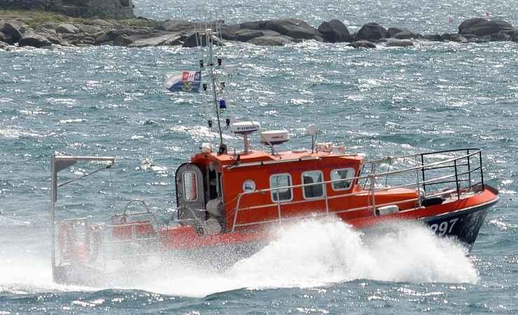 Due spiaggiamenti in poche ore: soccorritori impegnati nei salvataggi
